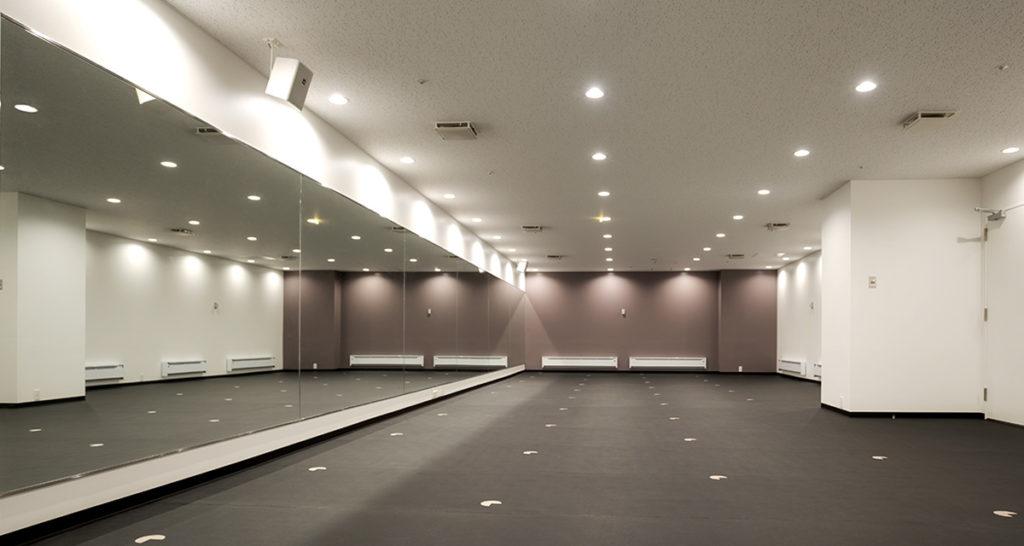 LAVAのホットヨガスタジオ