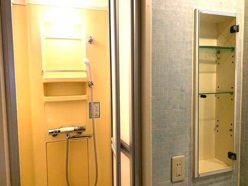 アミーダヨガアカデミーの個人部屋のシャワー